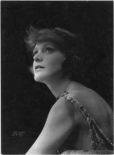 Portrait d'Ann Murdock (Mutual Film Corp)