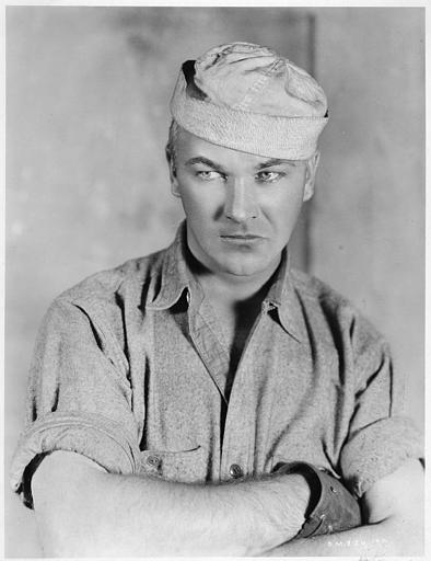 Portrait de William Boyd interprétant Blondy dans 'Skyscraper' d'Howard Higgin
