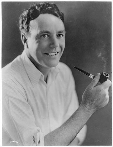 Portrait de House Peters avec une pipe dans 'Held to answer' d'Harold Shaw