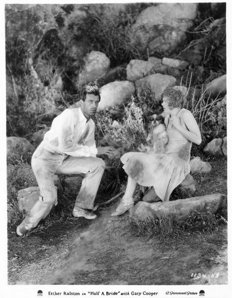 Patience Winslow (E. Ralston) et le capitaine Edmunds (G. Cooper)