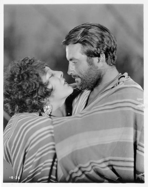 Zelie (P. R. Miller) et Robert Kincarin (R. Barthelmess)