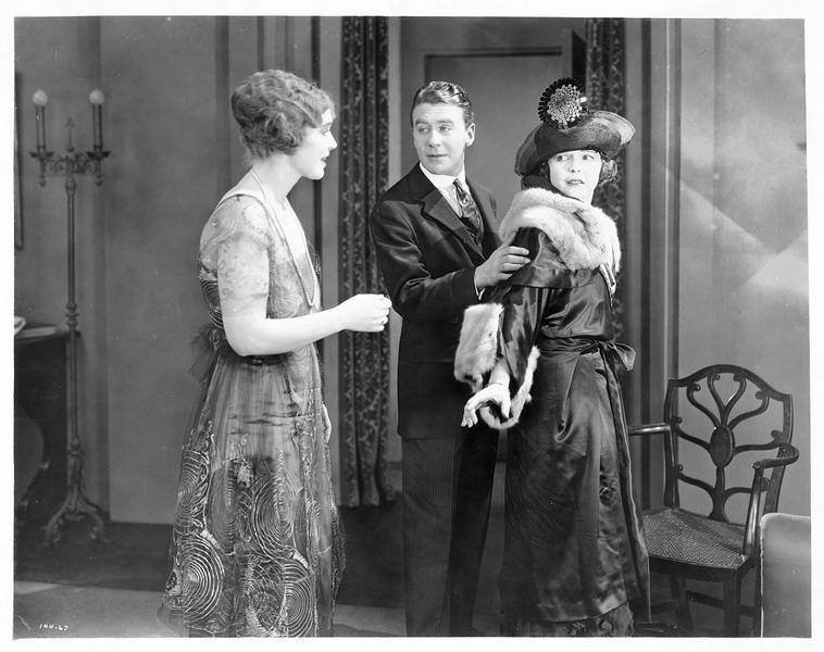 Claudia Royce (H. Chadwick) et William Lowry (T. Moore)