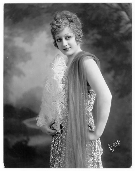 Portrait de Grace Darmond