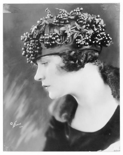 Portrait de Alice Lake