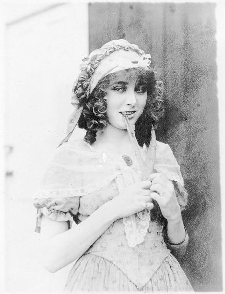 Lucille (F. Billington)