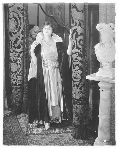 Henrietta Downs (V. Pearson)