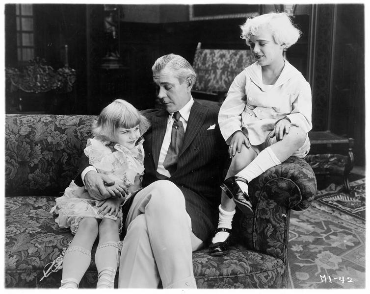 Sir Charles Chatham (C. Clary) et ses enfants