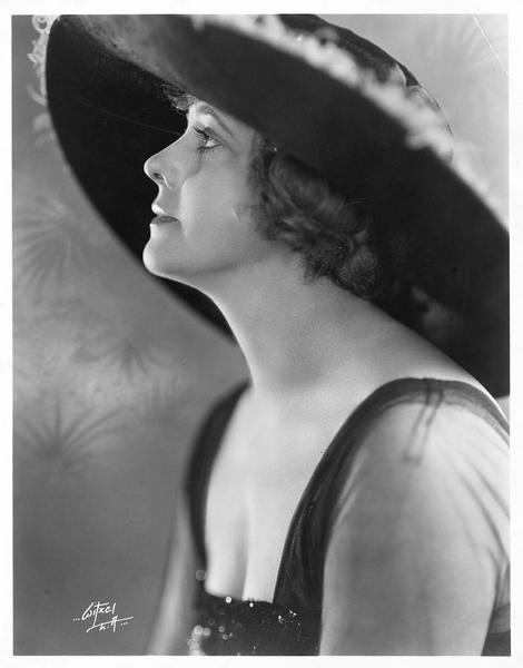 Portrait de Myrtle Stedman
