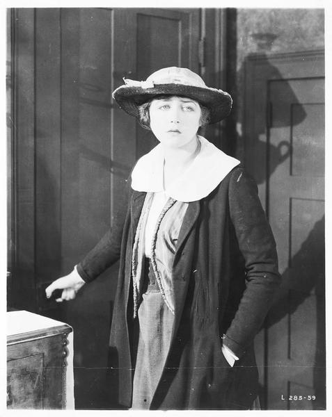 Mary MacNeill (K. MacDonald)