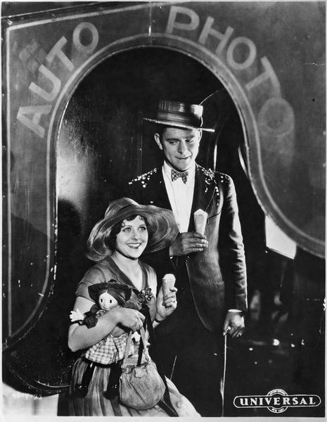 Portrait de Barbara Kent et d'un autre acteur