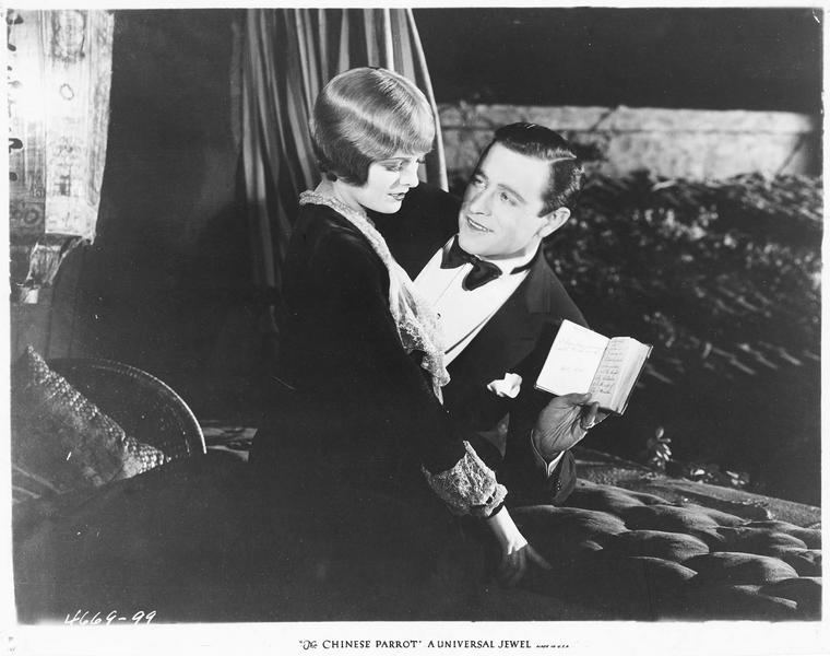 Sally Phillmore (M. Nixon) et Robert Eden (E. Burns)