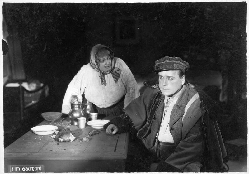 La mère Moscou (M. Guitty) et Bamboche (A. Decoeur)