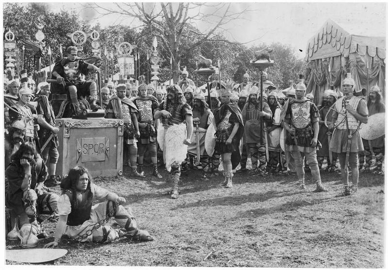 Romains et Gaulois rassemblés