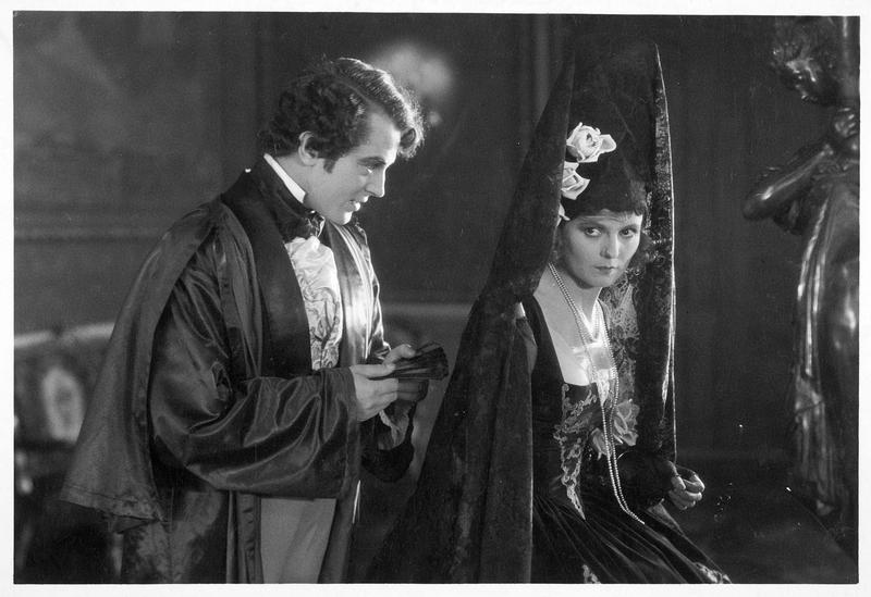 Henry Vernon (E. Hanson) et Harries Gram (K. Bell)
