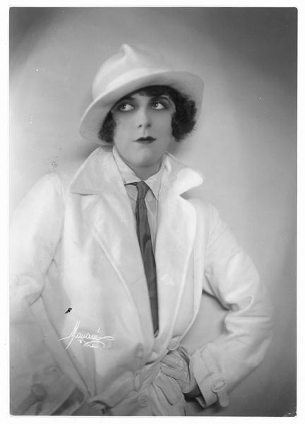 Portrait de Ruth Weyher