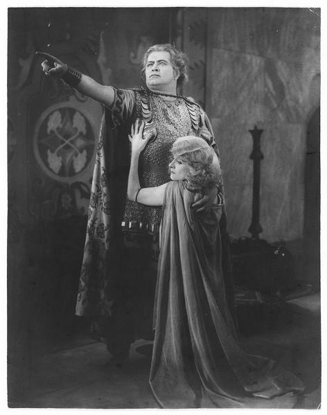 Le roi Algarve (A. Steinbück) et Perdita (I. Duke)