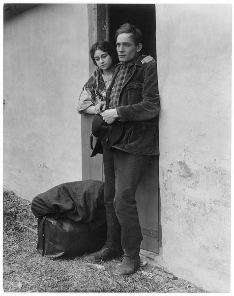 Jeanne Desfree (V. Grant) et son compagnon