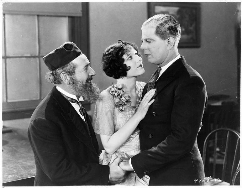 Dennis O'Hara (H. Gibson) et Jessica Silverberg (G. Hale)