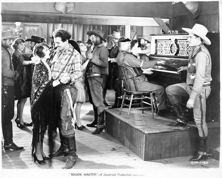 Danseurs accompagnés au piano