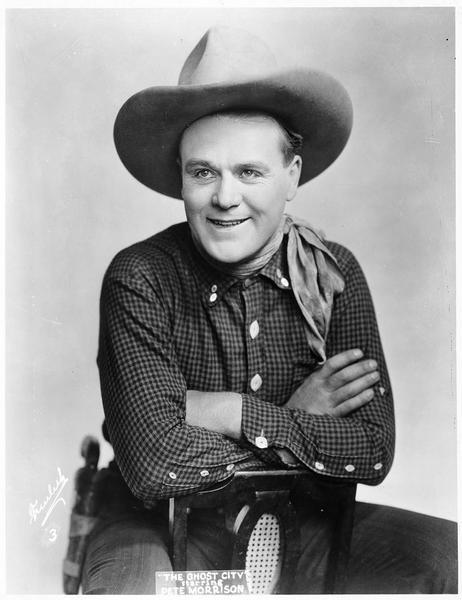 Portrait de Pete Morrison dans le rôle de Laughing Larry Newton