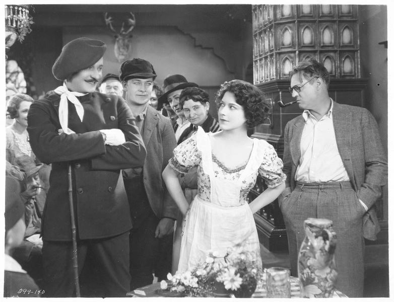Hilda (A. Pringle), Ruffo (N. Kerry) et Dr. Leyden (L. Barrymore)