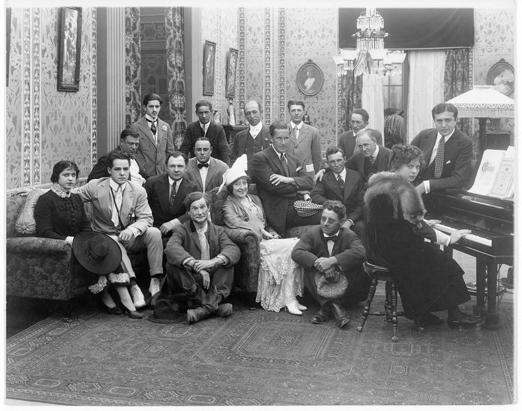 Portrait de groupe des acteurs