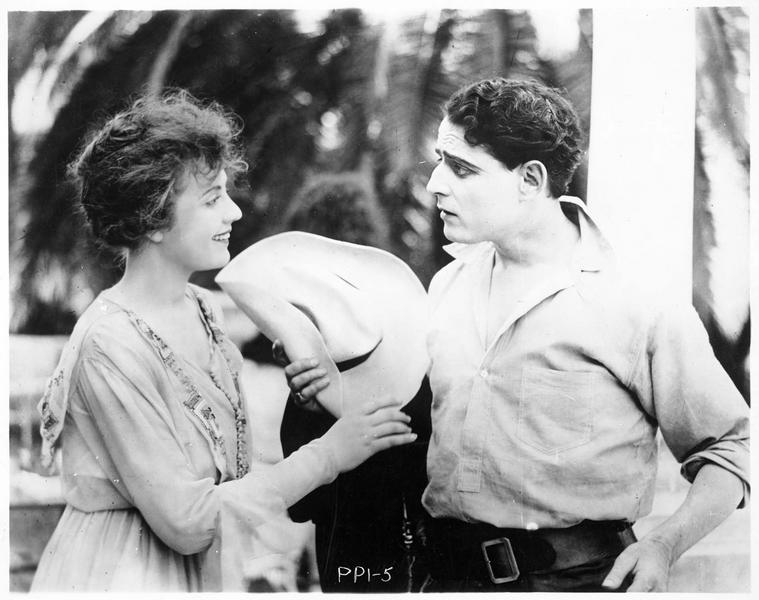 John Stuart Webster (J. Kerrigan) et Dolores Ruey (L. Wilson)