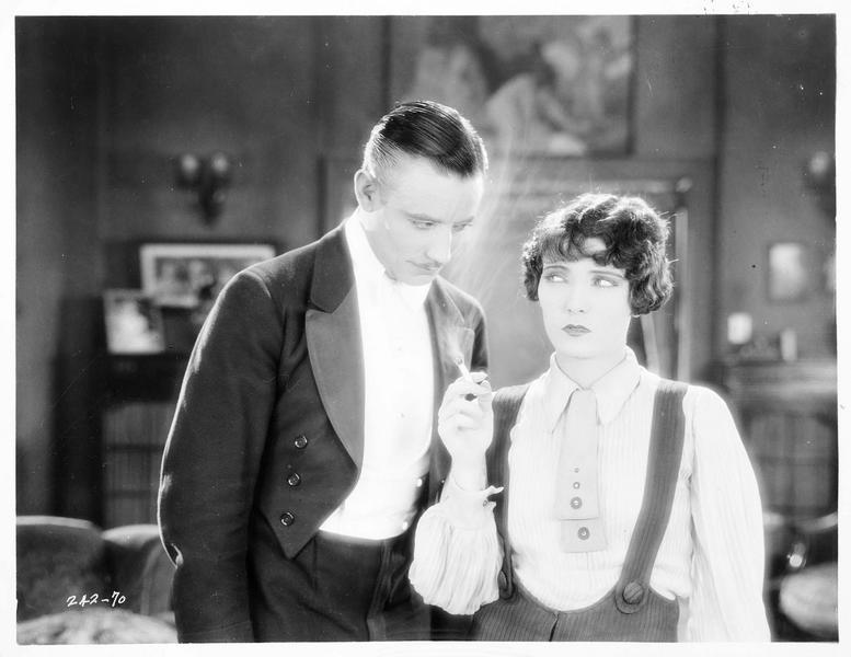Patsy Delaney (P. Starke) et Tom Corbin (C. Ray)