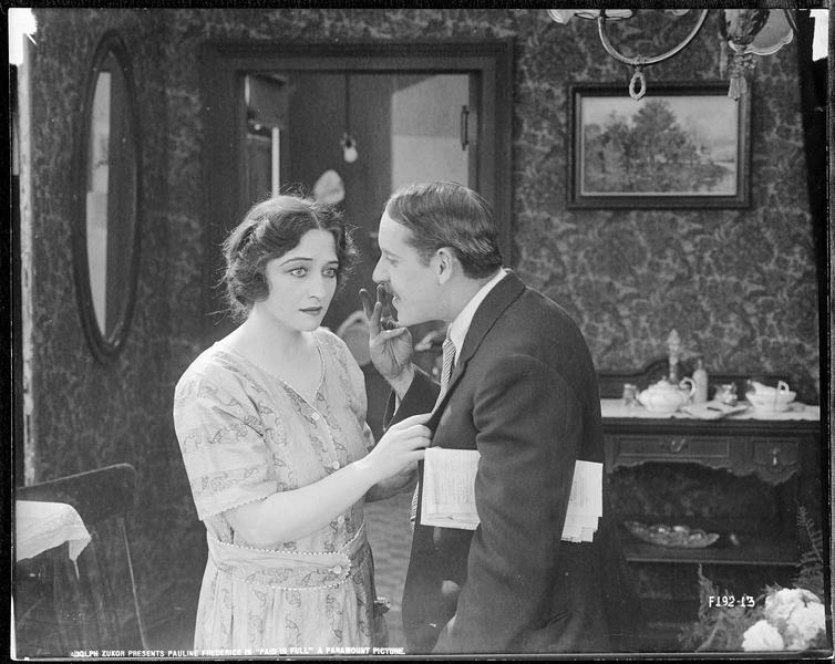 Emma Brooks (P. Frederick) et Jimsy Smith (W. Standing)