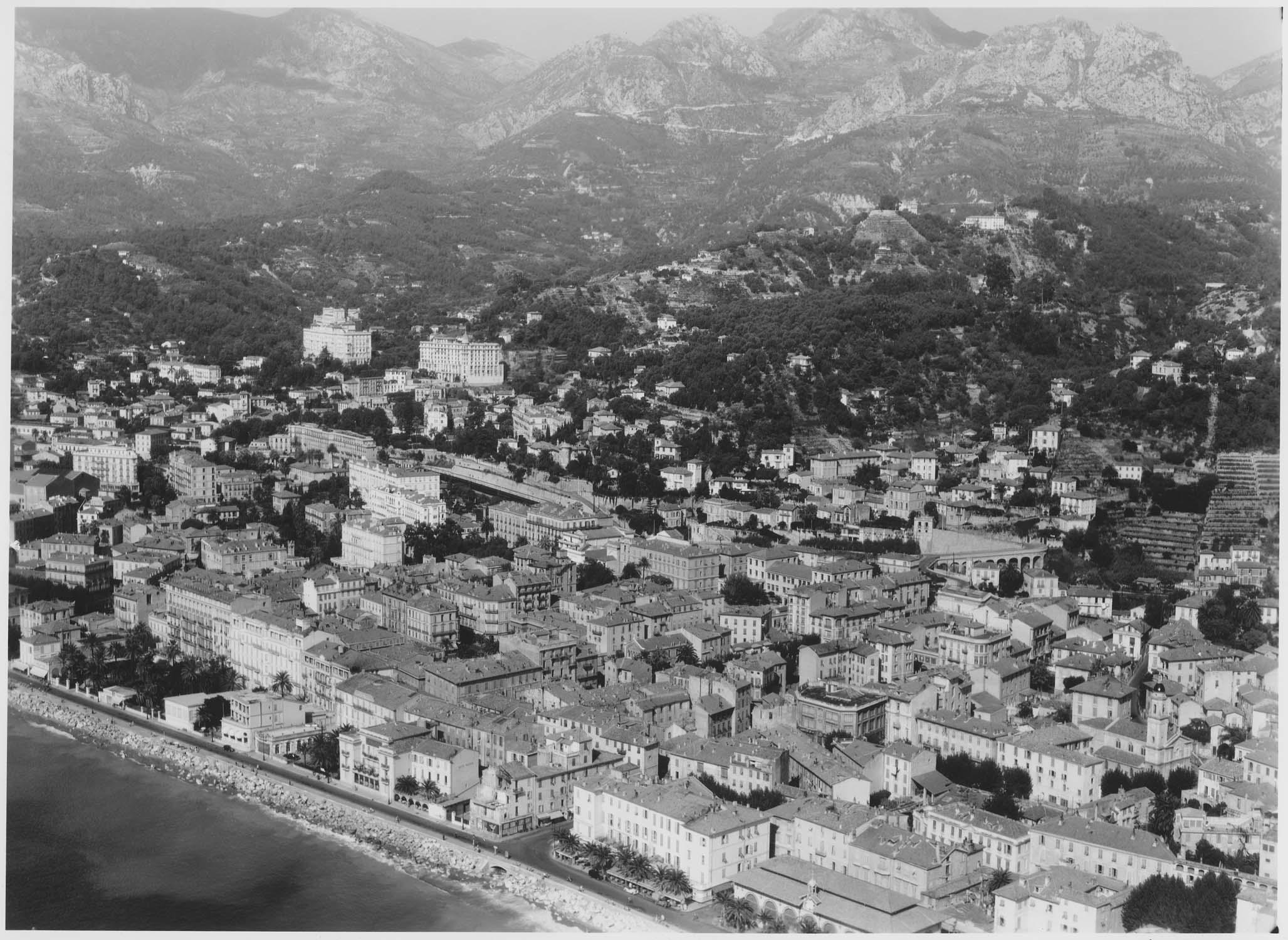 Riviera et Winter Palaces