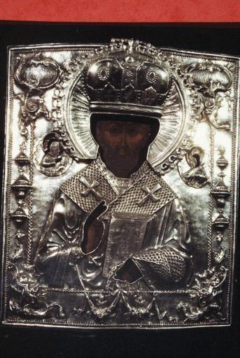 icônes : Nativité de la Très Sainte Mère de Dieu ; Conception de la Très Sainte Mère de Dieu avec neuf saints