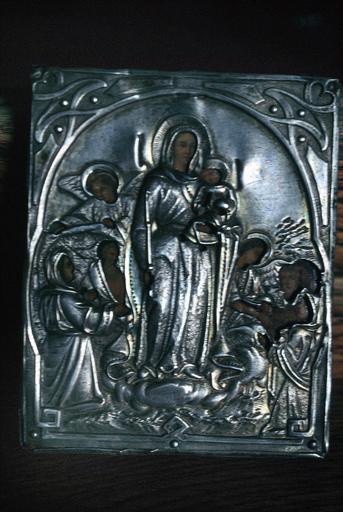 icône : La Mère de Dieu avec l'Enfant entourée d'anges