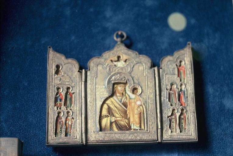 Triptyque : La Mère de Dieu entourée de divers saints