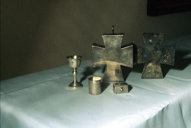 Objets pour chapelle de voyage