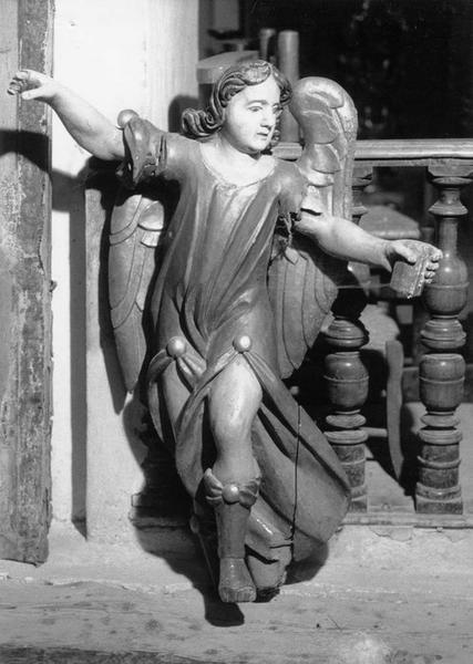 Statuette : paire d'anges porte-veilleuses