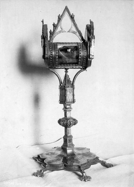 reliquaire de la mâchoire de saint Honorat, vue générale