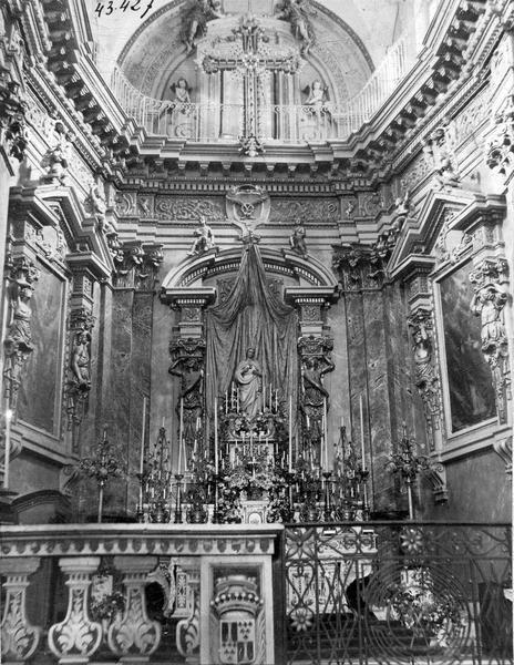 Maître-autel, clôture d'autel (table de communion)