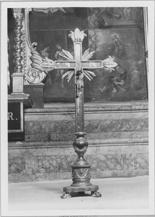 croix d'autel, vue générale