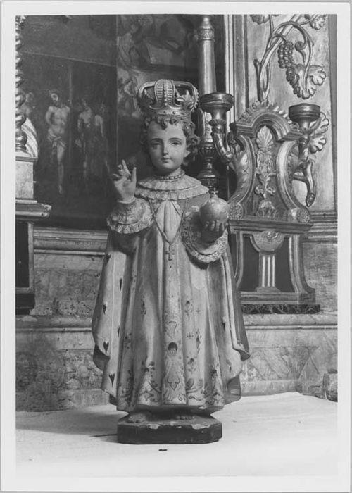 statuette : l'Enfant Jésus dit de Prague, vue générale