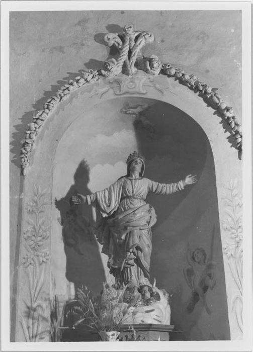 Niche et statue (petite nature) : Notre Dame de l'Assomption