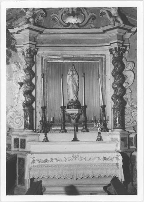 Autel et retable de Notre-Dame de Lourdes