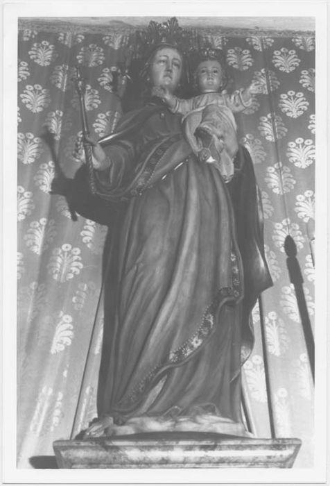 Statue (petite nature) : Vierge à l'Enfant dite auxiliatrice