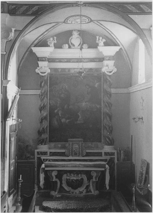 autel et retable des Ames du Purgatoire et son tableau : Saint Geniès, Saint François de Sales, Sainte Marguerite-Marie Alacocque intercédant pour les âmes du Purgatoire, vue générale