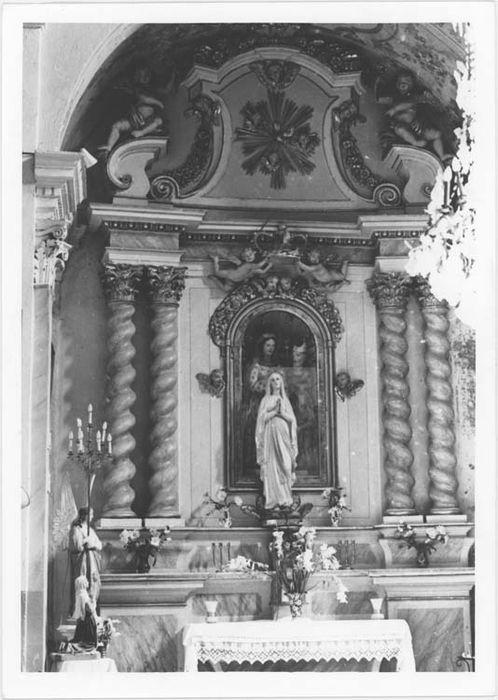 Autel et retable de Sainte Anne et son groupe sculpté
