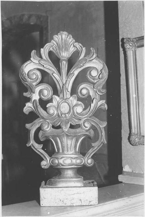 Paire de chandeliers d'autel