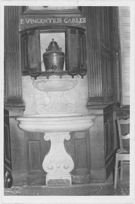 Lavabo et fontaine de sacristie