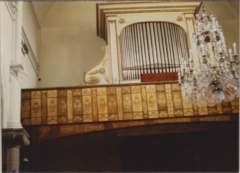 orgue de tribune : buffet d'orgue, vue partielle