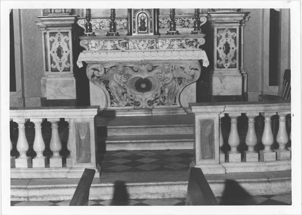 4 clôtures de chapelle (grilles de communion)