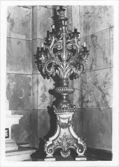 Paire de chandeliers à cinq branches