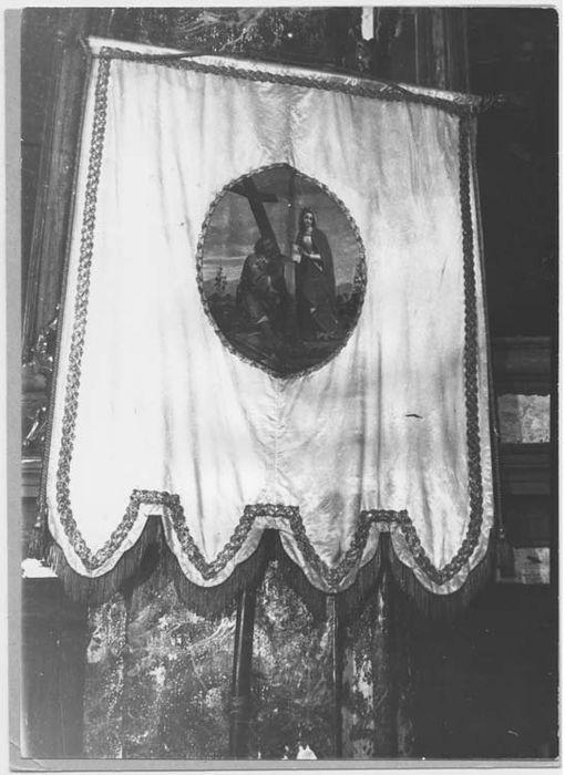 Bannière de procession : l'Invention de la sainte Croix